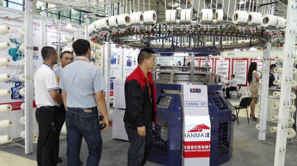 2015 HANMA CIRCULAR KNITTING MACHINE IN Uzbekistan EXHIBITION 05